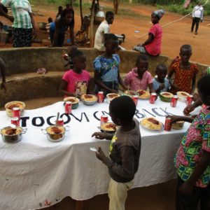 LET'S FEED THE ORPHANS ON CHRISTMAS DAY